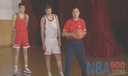 后卫篇 张卫平篮球教学视频 第六集
